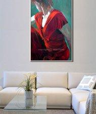 ציור אישה בשמלה אדומה